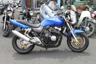ベストオートのこんなバイクがレンタルできますよ!【HONDA CB400SF-VTEC1 編】