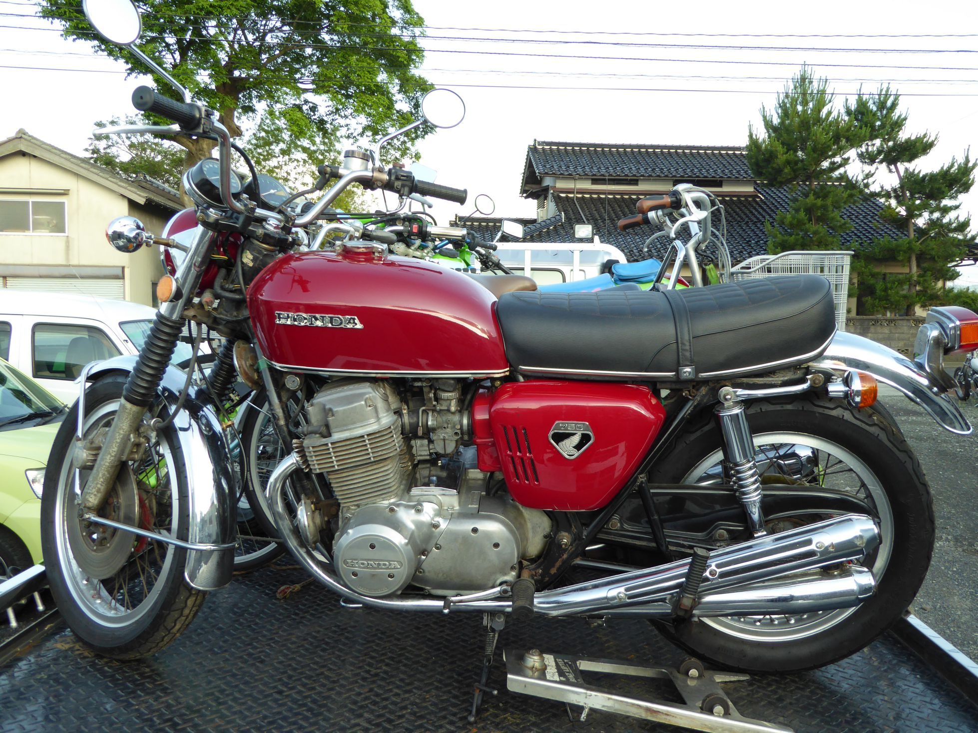 CB750K0