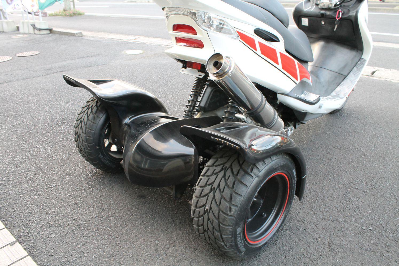 マジェスティ125FI トライク