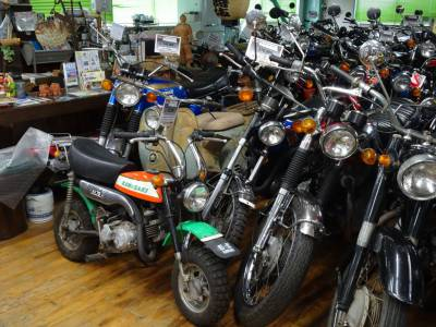 ベストオートのKV75もなかなか珍しいバイクですよ!