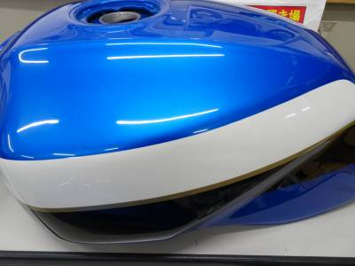 ZRX1100の塗装